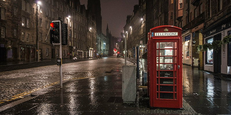 THE 24-hour Taxi Service in Edinburgh