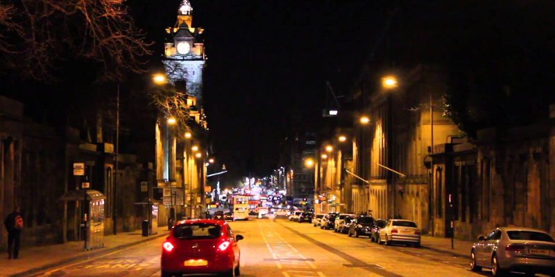 To Taxi or Trek? Four Reasons to Book a Cab Home After a Night Out in Edinburgh