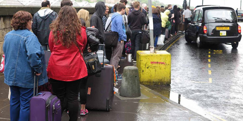 Taxi Ranks in Edinburgh: Skip the Queue